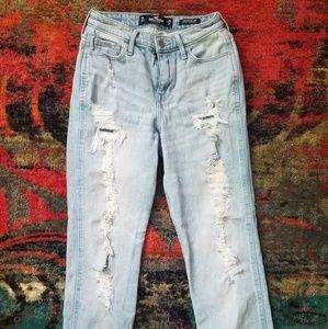Hollister high rise vintage mom jeans